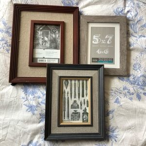 NEW Picture frames (set of 3)